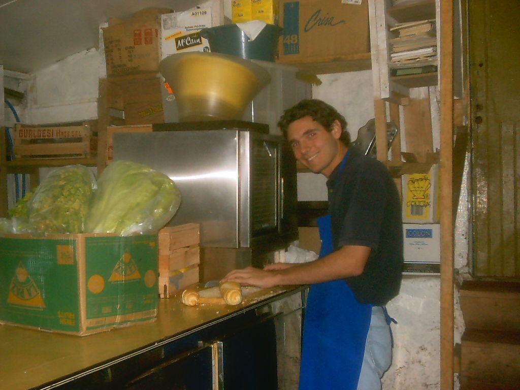 serveur / coupeur de pain / plongeur en Argentine (Ushuaïa)